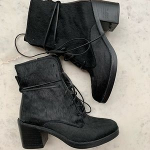 NWOT Ugg Oriana Cow Hair lace up Boot